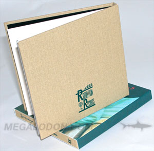 cd book linen wrap  printed 1C slipcase 4C